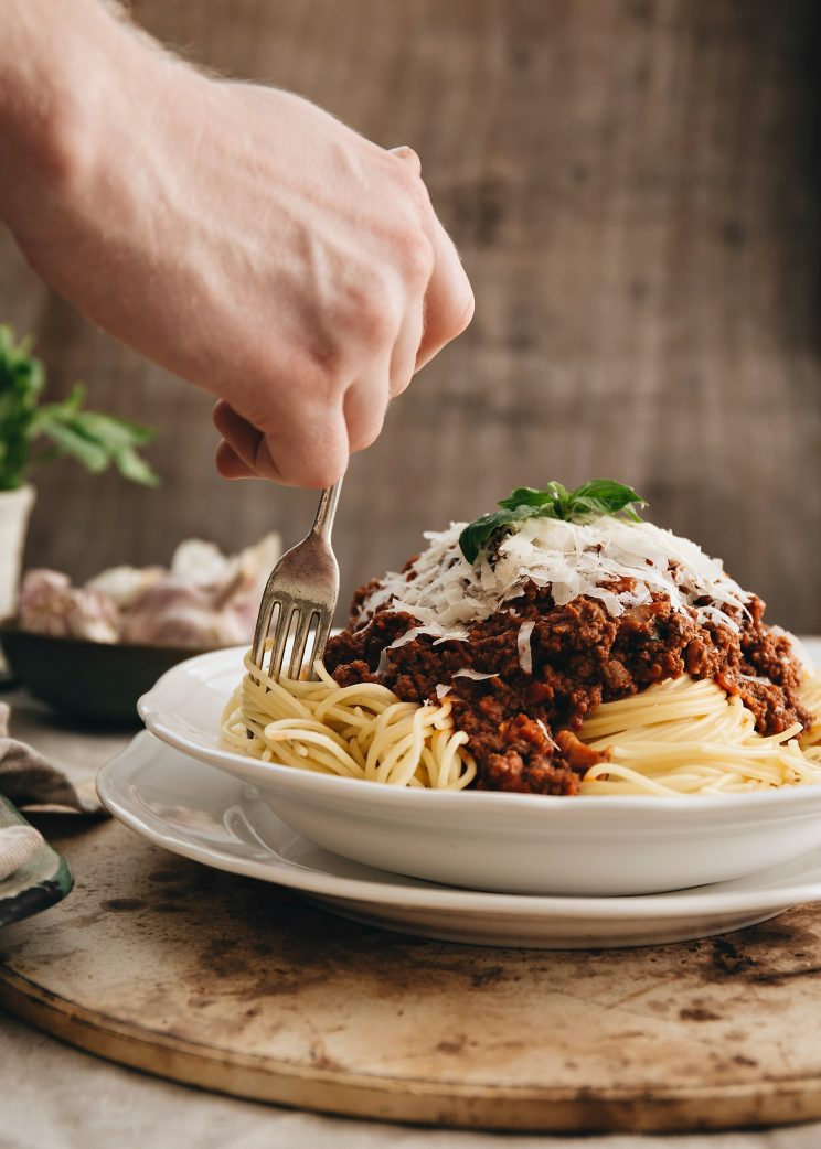 how to cook spaghetti bolognese