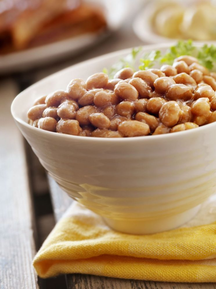 9-delicious-recipes-using-canned-baked-beans-baked-beans-at-a-picnic
