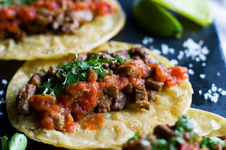 20-minute-dinner-recipes-Mexican-Steak-Tacos-with-Lime