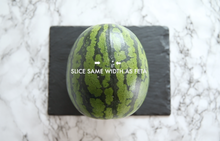 How to slice a watermelon in cubes