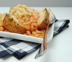 9-delicious-recipes-using-canned-baked-beans-jacket-potato-beans-cheese