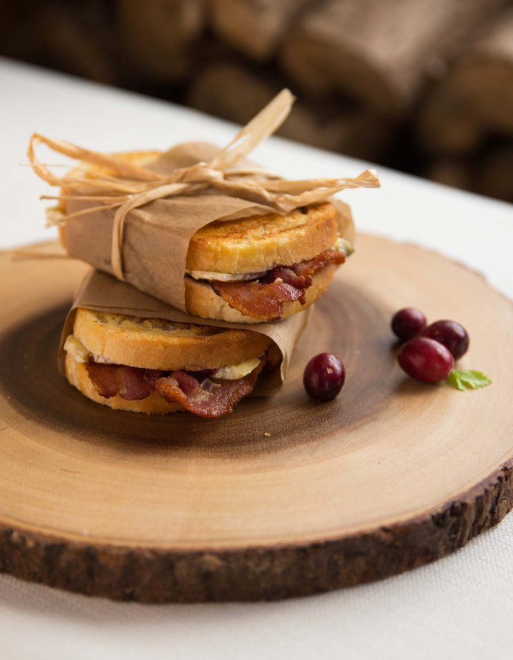 Cranberry Bacon Brie Grilled Cheese Toastie