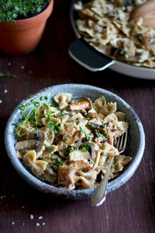 20-minute-dinner-recipes-rustic-creamy-mushroom-pasta