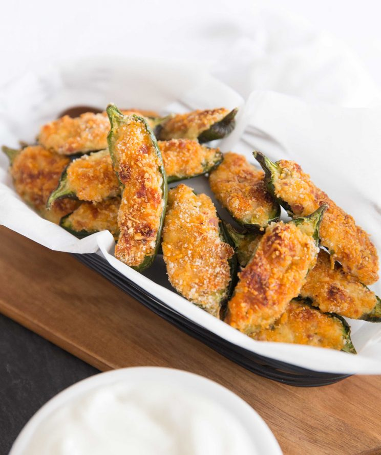 Crispy Baked Jalapeño Poppers side on view of basket