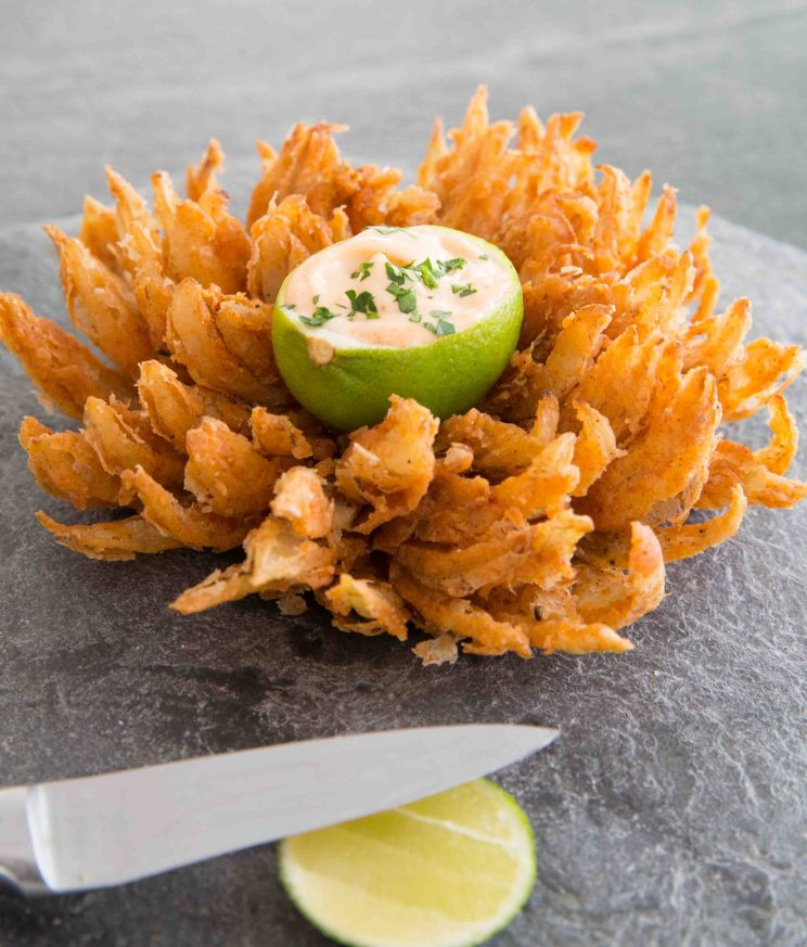 How to make a blooming onion