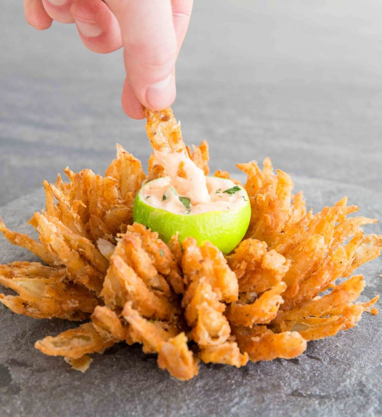 How to make a blooming onion with sriracha-lime mayo dip