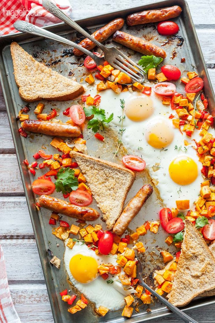 Savory Breakfast Ideas - Sheet Pan Full English Breakfast