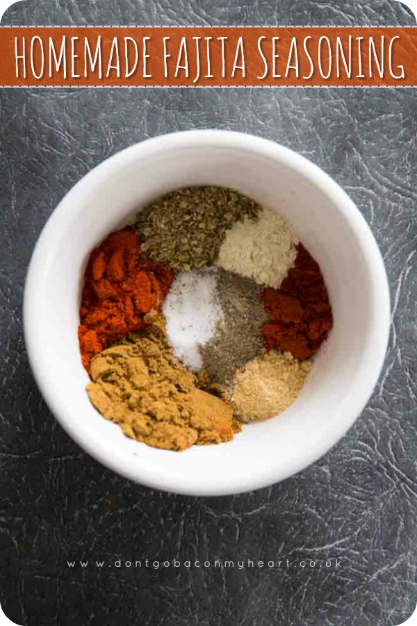 Nothing beats a Homemade Fajita Seasoning and it truly couldn't be easier to create. Add this seasoning mix to fajitas, quesadillas, tacos, and more! #Mexican #fajita #spice | www.dontgobaconmyheart.co.uk