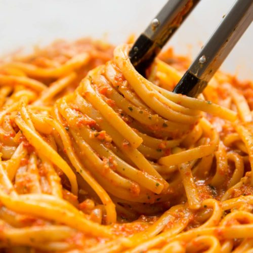 Roasted Red Pepper Pesto Pasta